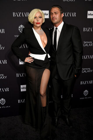File:9-5-14 At Harper's Bazaar NYFW Fete in NYC 001.jpg