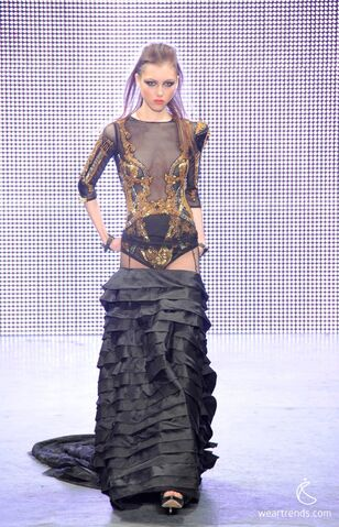 File:FSP - Fall 2011 RTW Gown.jpg