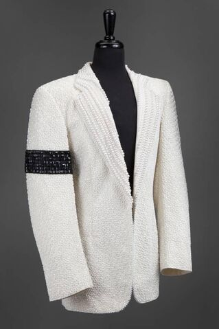 File:Dennis Tompkins & Michael Bush - Michael Jackson's cream wool suit jacket.jpg