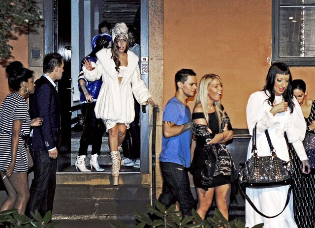 File:8-29-12 Leaving Bon Magazine Party in Stockholm 001.jpg