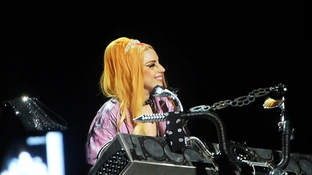 File:The Born This Way Ball Tour Princess Die 002.jpg