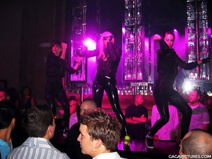File:6-26-08 SET Nightclub 001.jpg