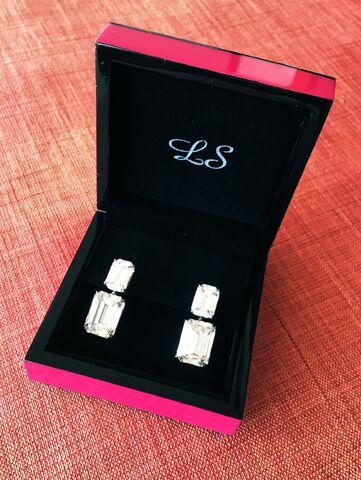 File:Lorraine Schwartz - Earrings 002.jpg