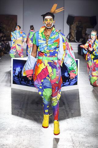 File:Kansai Yamamoto - ''Fashion In Motion'' 2013 Collection 003.jpg