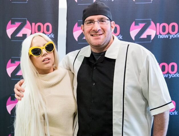 File:3-24-14 At Z100 studio 004.jpg
