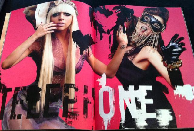 File:Super Lady Gaga 021-022.jpg