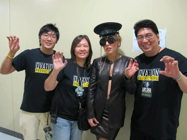 File:5-22-12 Backstage meet and greet 003.jpg