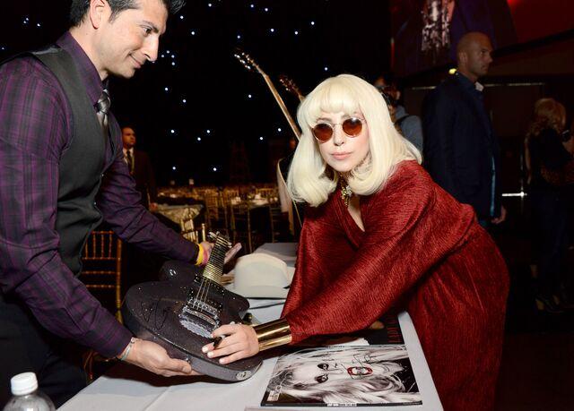 File:1-24-14 Pre Grammy Gala 002.jpg