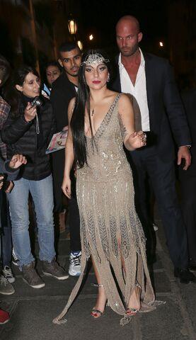 File:10-30-14 Arriving at Hotel in Paris 001.jpg