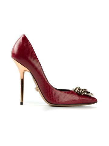 File:Versace - Medusa pumps 003.jpeg