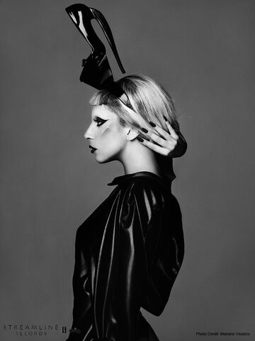 File:Born This Way USB - Mariano Vivanco 012.jpg
