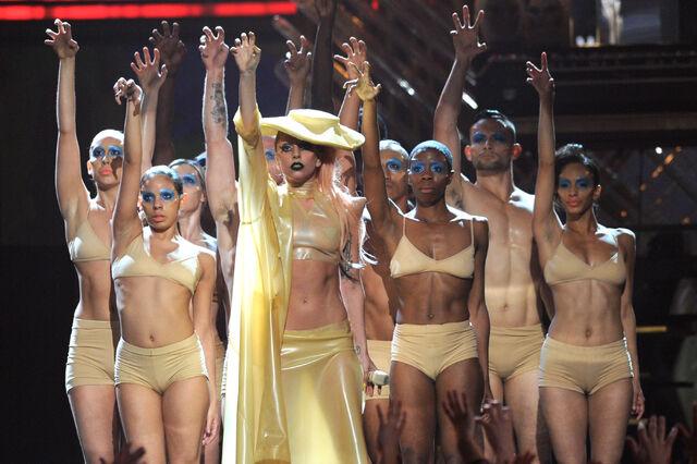 File:13-2-11 Performing Born This Way at Grammys 010.jpg