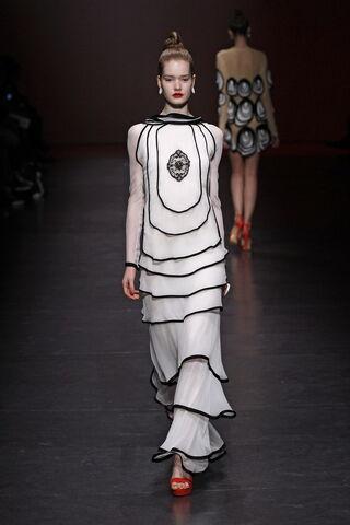 File:Ingrid Vlasov Spring 2011 RTW Gown.jpg