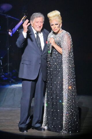File:5-25-15 Cheek to Cheek Tour 002.jpg