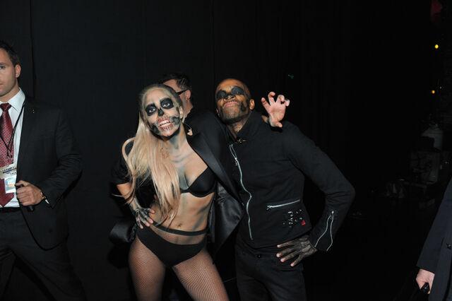 File:11-30-11 Backstage Grammy Nominations 001.jpg