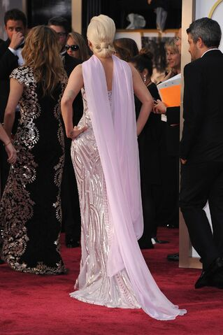 File:3-2-14 At The Oscars - Red Carpet 005.jpg