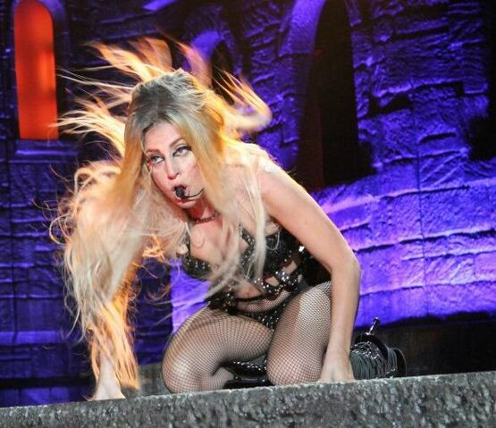 File:The Born This Way Ball Tour You and I 004.JPG