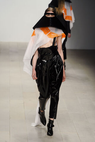File:Petra Metzger - Autumn-Winter 2012 Collection.jpg