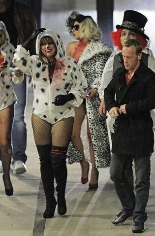 File:Gaga Halloween 05.jpg