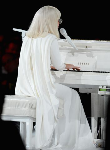 File:1-24-14 MusiCares Performance 002.jpg