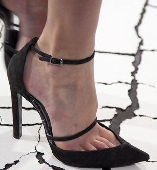 File:Balenciaga - F13C shoes 001.jpg