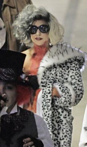 File:Gaga Halloween 07.jpg