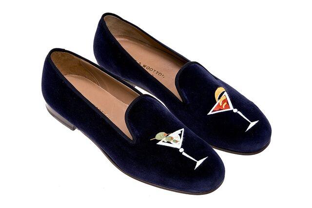 File:Stubbs & Wootton - Martini Navy slippers.jpg