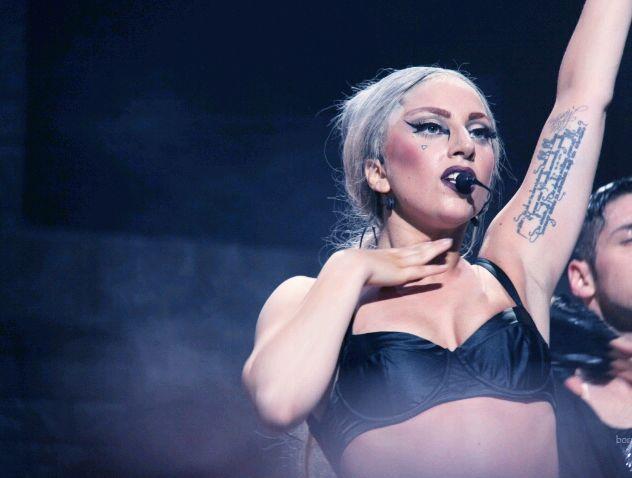 File:The Born This Way Ball Tour Black Jesus Amen Fashion 002.jpg