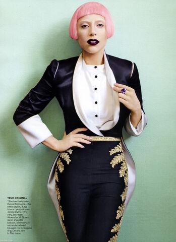 File:08018 LadyGaga Vogue March2011 02 122 419lo.jpg