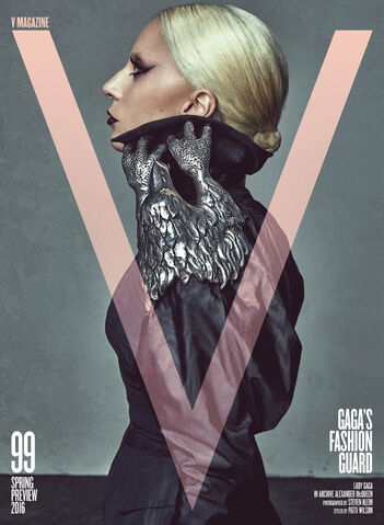 File:V Magazine - US (Spring 2016) 002.jpg