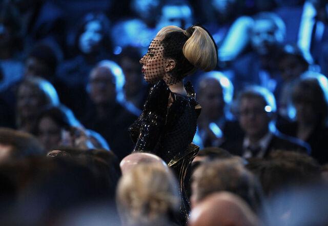 File:2-12-12 Grammy Audience 3.jpg
