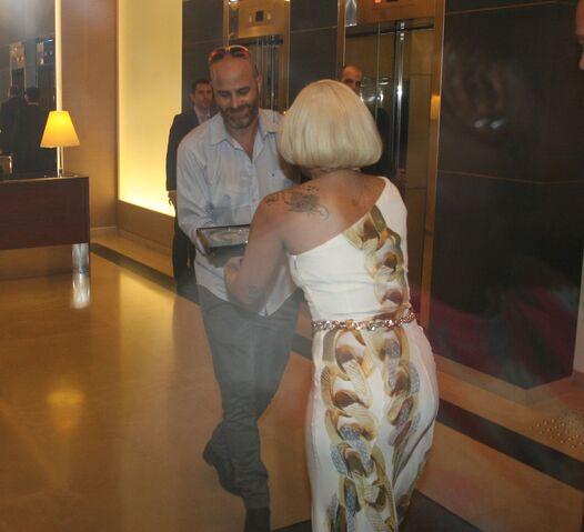 File:9-12-14 Arriving at The Ritz-Carlton Hotel in Herzliyain 002.jpg