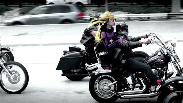 File:Lady Gaga - Judas 051.jpg