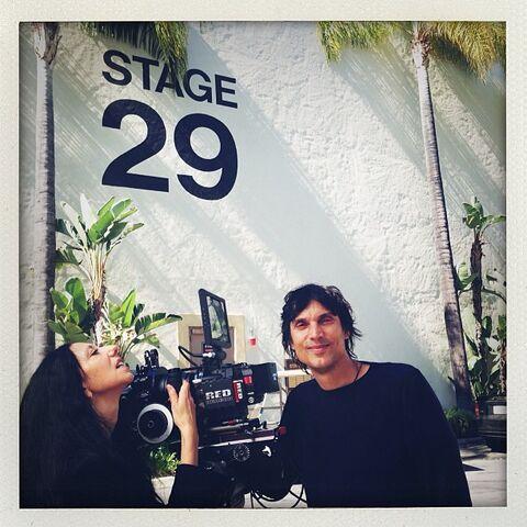 File:Applause filming 7-17-13.jpg