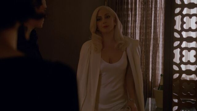 File:AHS Hotel - She Wants Revenge 013.jpg