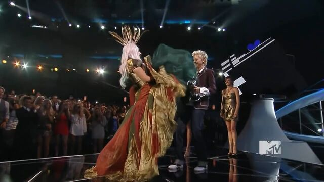 File:MTV VMAS 2010 SCREENSHOT 05.jpg