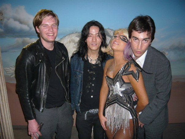 File:4-1-09 American Idol Backstage 001.jpg