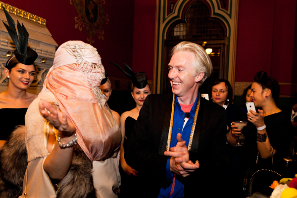 File:9-16-12 Philip Treacy after party 014.png