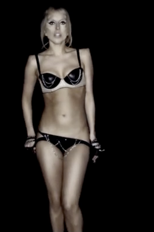 File:Gaga-panties-BTW.png