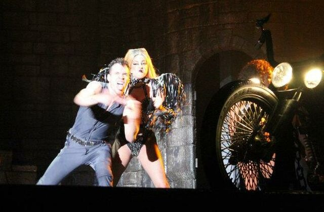 File:The Born This Way Ball Tour Bad Kids 009.jpg