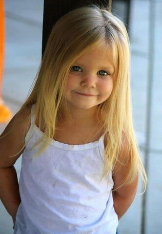 File:Cute-Little-Girl-Hairstyles-2017-Side-Part-Long-Straight-Blonde-Hair.jpg