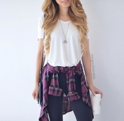 File:Y7d604-l-610x610-pants-jeans-blue-white--outfit-cute-purple-skinny+jeans-blue+jeans-white-outfit+idea-flaneel-cute+outfits-grunge-grunge+.jpg