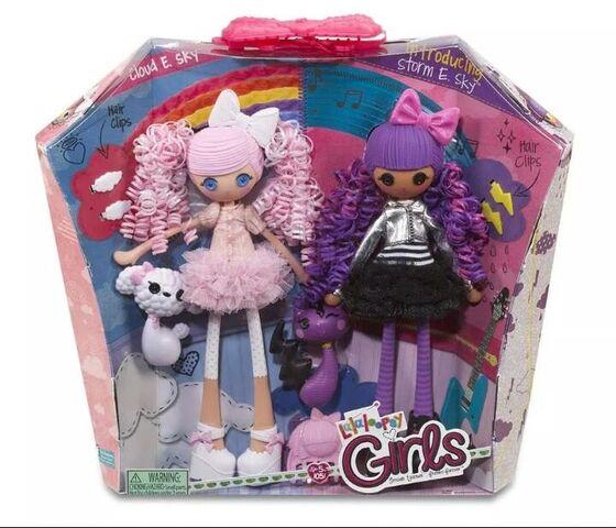 File:Cloud E. Sky & Storm E. Sky - Girls dolls - box.jpg