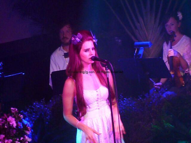 File:Lana-Del-Rey-June-7-2012.jpg