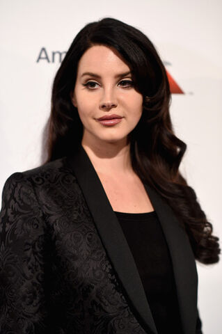 File:Lana+Del+Rey+Billboard+10th+Annual+Women+Music+tPwRHbUvu8il.jpg