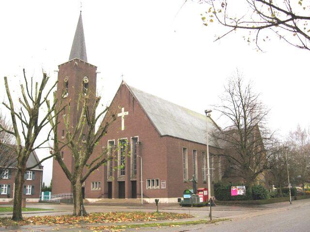 Bestand:Rekem - Sint-Pieterskerk.jpg