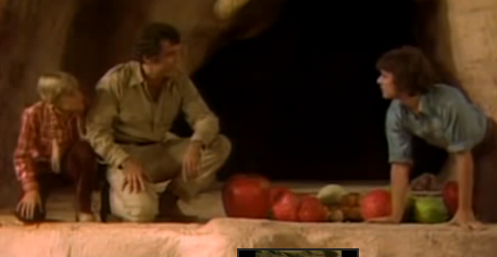 File:Gift of fruit.png