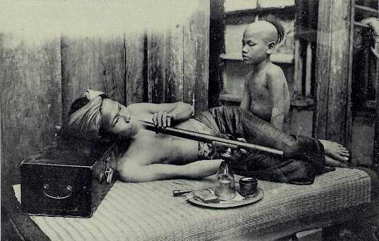 File:Opium smoker.png
