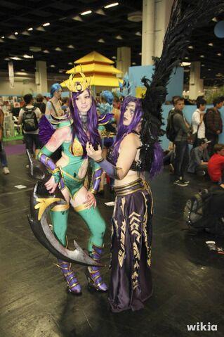 File:JAlbor Gamescom Diana and Morgana.jpg