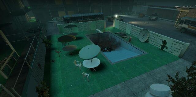 File:Motel Pool.jpg